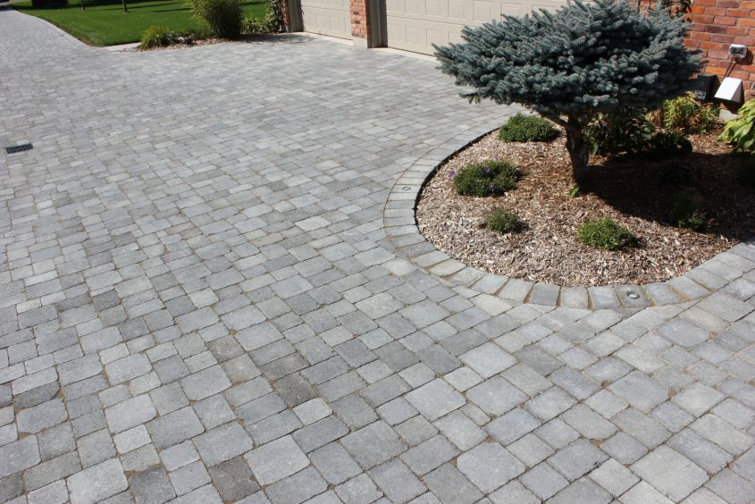 Colonial Paving Stone Blackwood Range
