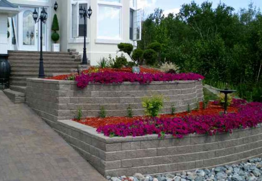 Tiered Planters with Entrance Stairs 011